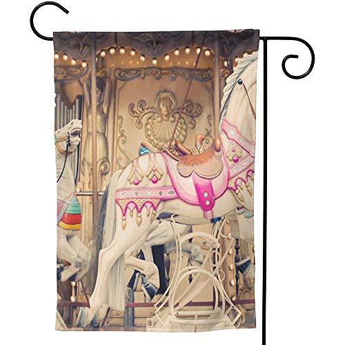 Zome Lag Franse achtergrond carrousel met paarden Tuin Vlag Verticale Dubbele Zijde Boerderij Zomer Yard Outdoor Decor Welkom vaandel S(48X32) Als afbeelding