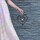 K&L Wall Art Weihnachts Herz mit Glaskugel Sonnen Licht Fänger Metall Design Windspiel Weihnachten Wind Spinner Gartendeko Fensterdeko