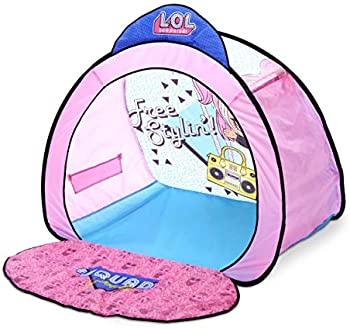 L.O.L. Surprise! Pop-Up Fashion Stage and Backdrop with Doll Storage