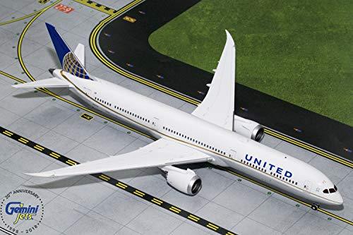 GeminiJets United Airlines B787-10 Dreamliner 1:200 Scale Diecast Model Airplane