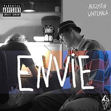 Envie (feat. Whitemala)