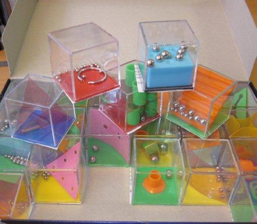 Infini Jouet - Jeux de patience Cube - modèle aléatoire