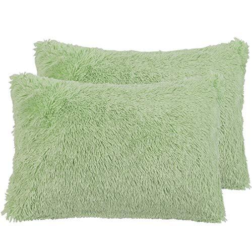 PiccoCasa Pack of 2 Faux Fur Pillow Cases Fluffy Shaggy Plush Long Hair Fur Soft Throw Pillow Covers Shams with Zipper Closure Green 51x91cm