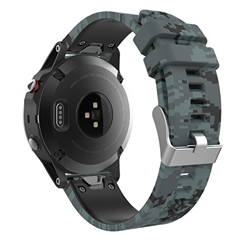 MoKo 22mm Watch Band Compatible with Garmin Fenix 5/5 Plus/6/6 Pro/Forerunner 945/935/Approach S62/S60/Quatix 6/Garmin Instinct/MARQ, Quick Fit Silicone Replacement Strap,Shallow Digital Camouflage