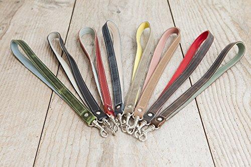 handgemachtes Schlüsselband aus echtem Leder in vielen Farben mit Karabiner