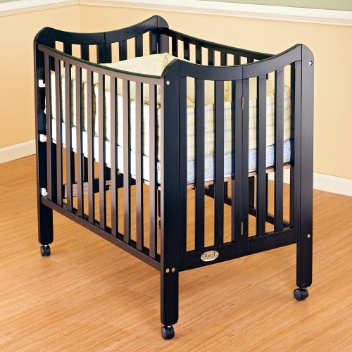 Orbelle Trading Tian Three Level Portable Crib,