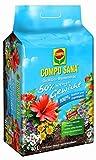 Compo SANA Qualitäts-Blumenerde mit 12 Wochen Dünger für alle Zimmer, Balkon-und Gartenpflanzen, 50% weniger Gewicht, Kultursubstrat, braun, 40 L