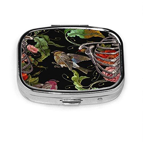 Pastillero – Caja de pastillero bordada personalizada con rosas rojas The Arts Zombi, caja de píldoras de metal rectangular portátil, compacta de 2 espacios, pastilleros para viaje/bolsillo/monedero