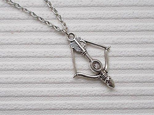 Pfeil und Bogen Halskette Modeschmuck Silber Armbrust Halskette Schmuck Geschenk für Frauen Silber Charm Kette Weihnachtsstrumpf Wurststopfer