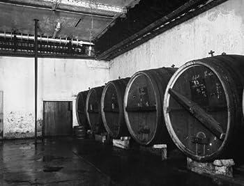 1920 photo Henrich brewery Vintage Black & White Photograph b6