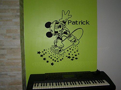 Wall Decor personnalisé Mickey Mouse sur Le Skateboard Art Mural Autocollant, Mickey Mouse Enfants Autocollant Chambre à Coucher.