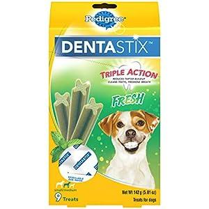 PEDIGREE DENTASTIX Dental Dog Treats for Small/Medium Dogs Fresh Flavor Dental Bones, 5 oz. Pack (9 Treats)