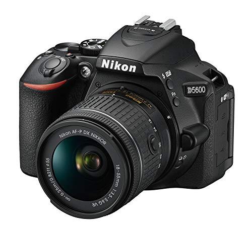 Nikon『D5600ダブルズームキット(D5600WZBK)』