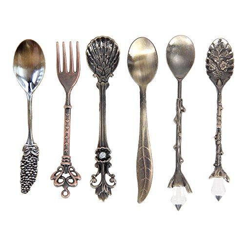 SODIAL 6pzs /Juego Cucharas Tenedor Vintage Mini cucharas de Cafe talladas en Metal Estilo Real Accesorios de Cocina Tenedor de Postre pinchazos Frutas