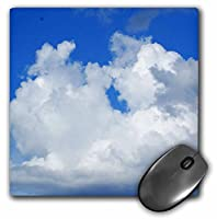 3dRose LLC 8 x 8 x 0.25インチ マウスパッド ブルーにパフィーホワイト (mp_33223_1)