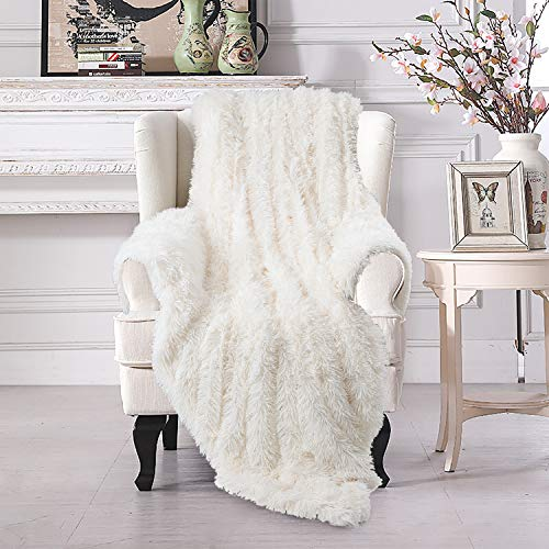 VaryCarry Warm Shaggy Sherpa Blankets Fluffy Soft Fuzzy Faux Fur Throw Blanket for Xmas Couch Sofa Photo Props Home Decor Cream White Bed Throw Size