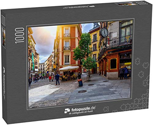 Puzzle 1000 Teile Alte gemütliche Straße in Madrid, Spanien - Klassische Puzzle, 1000/200/2000 Teile, in edler Motiv-Schachtel, Fotopuzzle-Kollektion 'Spanien'