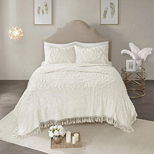 Madison Park Laetitia Chenille Tufted 100% Cotton Quilt Shabby Chic Cozy All Season Bedspread Bed Set with Matching Shams, King/Cal King(104
