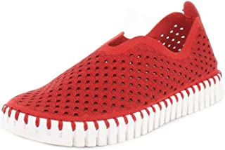 Women's Sneakers & Athletic Shoes Flats