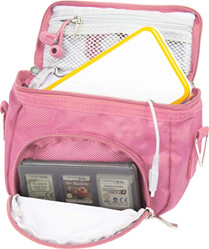Orzly Umhängetasche in hoher Qualität für Nintendo DS (geeignet für alle DS-Versionen mit klappbarem Display:DS / DS Lite / 3DS / 3DS XL / New 3DS / New 3DS XL / 2DS XL)–Tasche mit Tragegriff - verstellbarer Schultergurt - Befestigung für Gürtel–rosa