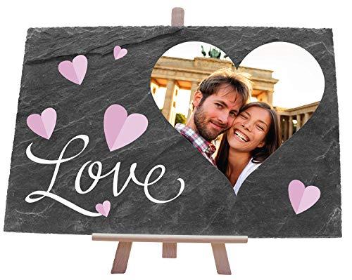 wandmotiv24 Schieferplatte mit Staffelei personalisiert mit Foto, Name, 30x20cm (BxH), personalisierte Geschenke zur Hochzeit, Valentinstag, Jahrestag, Geschenkidee für Ihn und Sie, Spruch Love