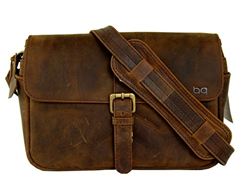 BASIC GEAR: Leather Camera Bag in Vintage Rustic Look for DSLR- Mirrorless Sony, Nikon, Canon, Pentax Camera.
