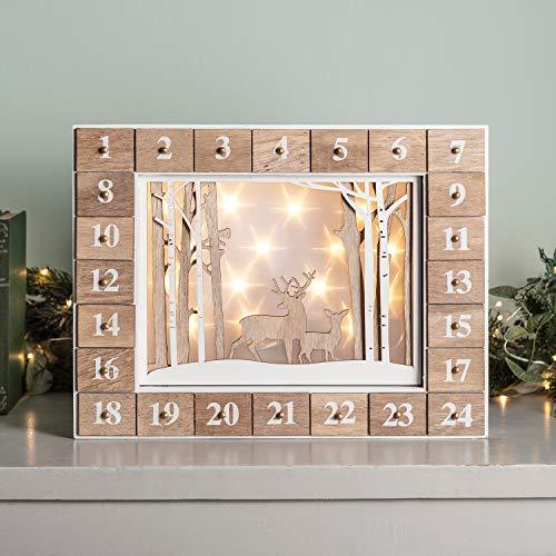 Lights4fun - Calendario de Adviento de Madera con Escena Navideña y LED Blanco Cálido a Pilas con 24 Cajones