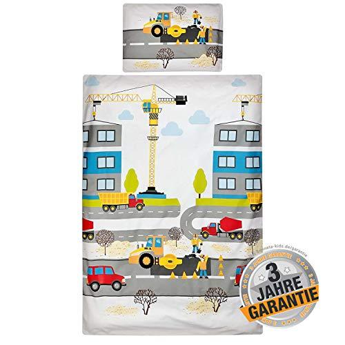 Aminata Kids - Kinderbettwäsche Bagger-Motiv 100-x-135-cm, 40x60 cm, hell-blau, gelb - Jungen - Kinder-Bettwäsche-Set aus Baumwolle mit Reißverschluss, Betonmischer, Baumeister, Baustelle