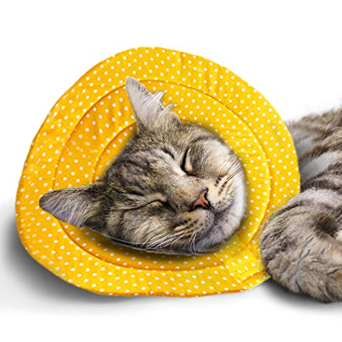 """SunGrow Cat Recovery Soft Cone, Neck Pillow for Speedy Neuter or After Surgery Recovery, No More Cone of Shame, Polka Dot Design, Yellow Color, Fits Pets with 9-11"""" Neck Circumference, M Size"""