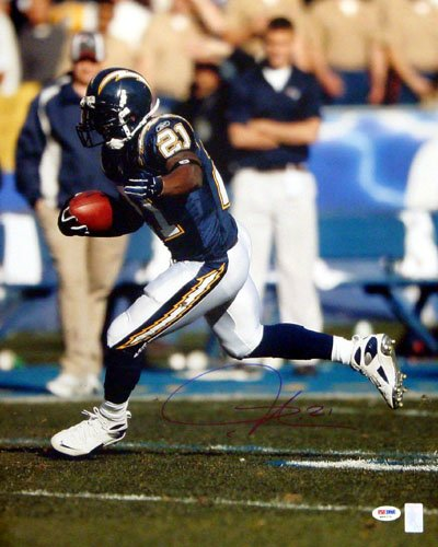 LaDainian Tomlinson (San Diego Chargers) Signed Autographed 16x20 Photo (PSA/DNA) COA