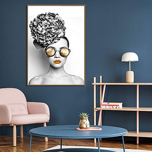 Lunderliny Carteles De Pared De Chica Sexy con Gafas para Sala De Estar Lienzo Moderno De Alta Definición Pintura E Impresión Decoración del Hogar 70x100cm