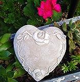 Radami, cuore tomba con rose e traliccio commemorativo in pietra commemorativa a forma di cuore da giardino, grigio/bianco, 14,5 cm
