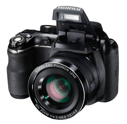 Fujifilm FinePix S4500 Digitalkamera (14 Megapixel, 30-fach opt. Zoom, 7,6 cm (3 Zoll) Display, bildstabilisiert) schwarz