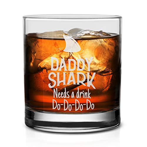 NeeNoNex Daddy Shark Needs A Drink Do Do Do Whiskey Glass - Funny Birthday Fathers Day Gift for Dad