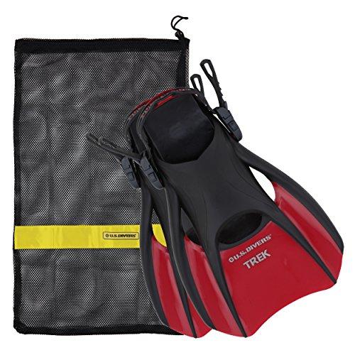 US Divers Trek Travel Fin com bolsa de transporte de malha, Red With Mesh Bag, Medium (Men's 7-10, Women's 8.5-11.5)