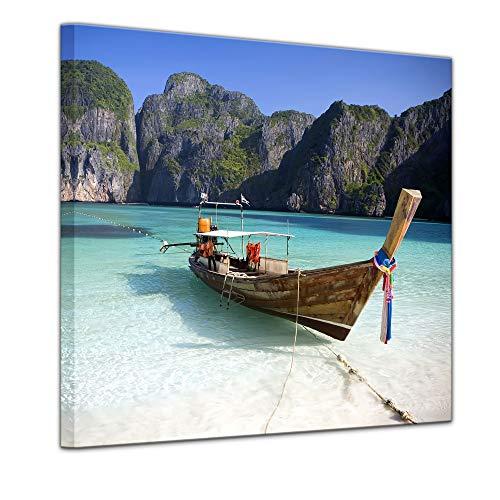 Wandbild - Maya Bay, KOH Phi Phi Ley - Thailand - Bild auf Leinwand 40 x 40 cm - Leinwandbilder Bilder als Leinwanddruck Urlaub, Sonne & Meer Asien - Boot am Strand