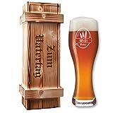 Leonardo Weizenbierglas in Holzkiste - mit Gratis-Gravur von Bierlogo + Name + Jahr   Bier-Geschenke Geburtstagsgeschenk (B1)