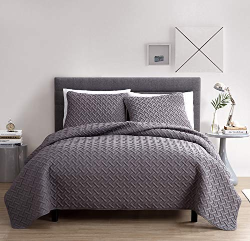 VCNY Home Nina Bedding Collection Luxury Premium Ultra Soft Quilt Coverlet, Comfortable 3 Piece Set, Modern Geometric Design For Home Hotel Decor, Full/Queen, Grey