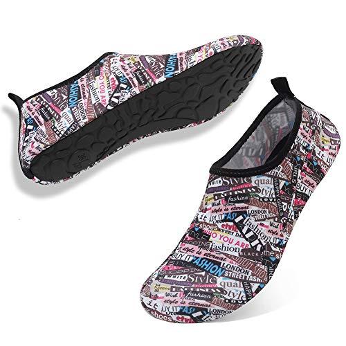 Deevike Aqua Socken Wasserschuhe Barfuß Yoga Socken Schnell Trocken Surfen Schwimmen Schuhe für Damen Herren Buchstabe 44/45