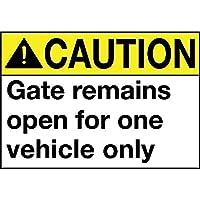 注意ゲートは1台の車両に対してのみ開いたままです メタルポスタレトロなポスタ安全標識壁パネル ティンサイン注意看板壁掛けプレート警告サイン絵図ショップ食料品ショッピングモールパーキングバークラブカフェレストラントイレ公共の場ギフト