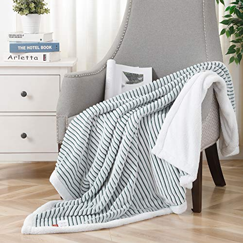 SOCHOW Sherpa Fleece Throw Blanket, Super Soft Fluffy Warm Stripe Plush Blanket for Sofa Couch Bed 50 x 60 Inches, Green/White