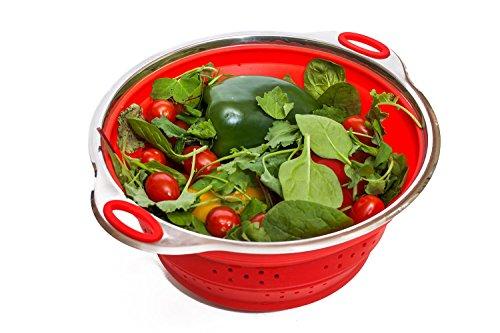 BASICS2YOU, scolapasta pieghevole, vaporiera in silicone (larghezza 24) con base in acciaio INOX pieghevole, compatto e lavabile in lavastoviglie. Colore: rosso.