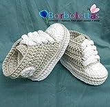Patucos para Bebé, tipo Converse, 3-6 meses Gris-Blanco. Hecho a Mano. Crochet....