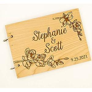 Gästebuch zur Hochzeit aus Holz, personalisiert