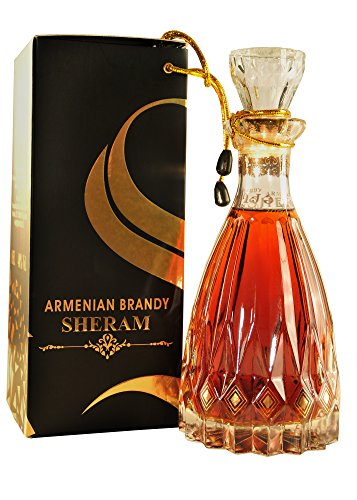 Armenischer Brandy Sheram, 0,5L Flasche, 40% Alk., 10 Jahre gereift