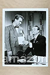 movie still of Red Skelton and James Whitmore in 'The Great Diamond Robbery'