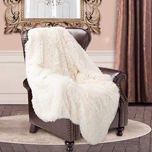 junovo Super Soft Shaggy Longfur Faux Fur Blanket, Fuzzy Throw Blanket for Bed, Fluffy Cozy Plush Light Blanket, Washable Warm Furry Throw Blanket for Couch Sofa Chair Home Decor, 50x60 Cream White