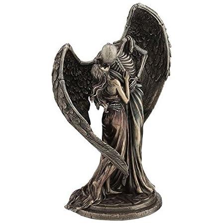 Design Toscano CL6093 Kiss of Death Winged Skeleton Statue