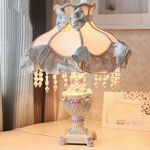 Bonne chose lampe de table Lampe de table Salon européen Chambre à coucher principale Literie Tissu à la mode Décoration intérieure Lampe sculptée