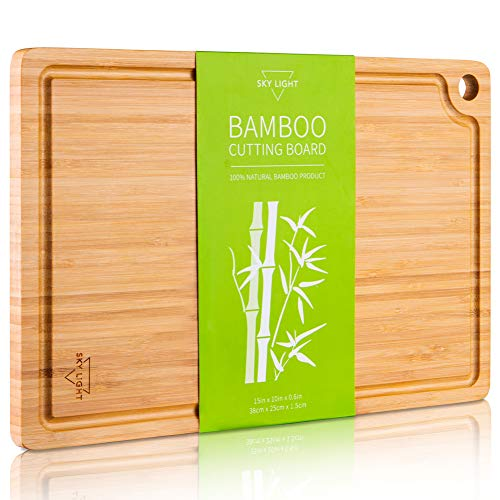 SKY LIGHT Cutting Board, Organic Pre-Oiled Bamboo Chopping Board with Juice Groove for Meat, Cheese, Fruit & Vegetables, Kitchen Butcher Block with Hanging Hole, 100% Natural BPA Free -Medium